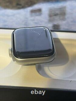 Apple Watch Nike Series 5 Cellular 4G LTE 40mm Cracked Screen FULLY FUNCTIONING