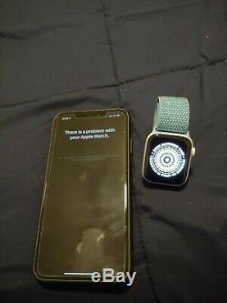 Apple Watch Series 4 44 mm Silver Aluminum Case with Cape Cod Blue Sport Loop