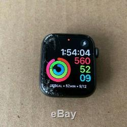 Apple Watch Series 4, 44mm, Broken Glass, Works fine, Space Grey
