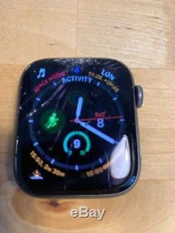 Apple Watch Series 4 Nike+ 44mm Space Grey GPS Boxed Spares or Repair
