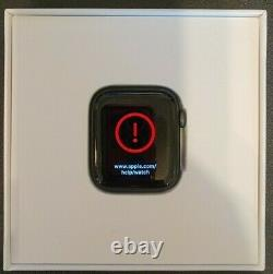 Apple Watch Series 5 44mm Space Gray Aluminum Case Powers on AS IS PARTS