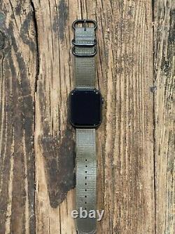Apple Watch Series 6 44mm Space Gray Aluminum, Black Sport Band CRACKED BACK