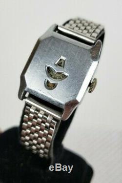 Beautiful Vintage Gents Art Deco Jump Hour Chrome Plate Watch