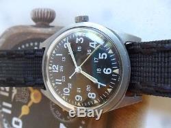 Clean Vintage 1969 Men's Vietnam War Issued Military Mechanical Watch MIL-W3818B