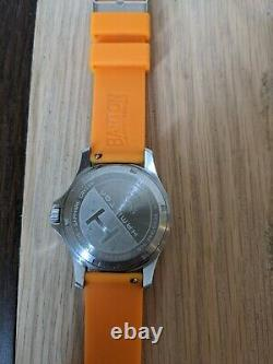 HAMILTON KHAKI KING Black dial Quartz - watch - for parts