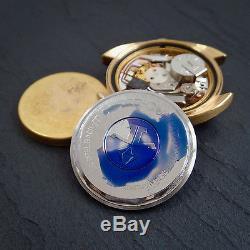 Jaeger LeCoultre NOS 1970 Master Quartz Silver Linen Dial Gold Watch BOXED Mint