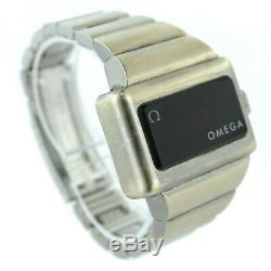 OMEGA VINTAGE'74s TIME COMPUTER DIGITAL RED LED-LCD S. S. WATCH FOR PARTS/REPAIR