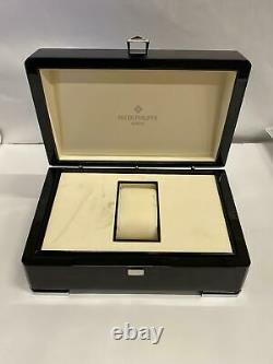Patek Philippe Watch Box Only Damaged see pictures