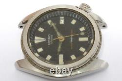 Seiko Diver 7002-7000 automatic watch for repairs or parts/restore -9969