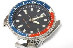 Seiko Diver 7002-700A Singapore automatic watch for repairs or for parts -13162
