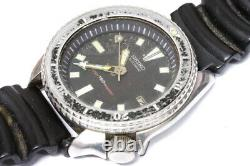 Seiko Diver 7002-700A automatic watch for repairs or for parts -11073