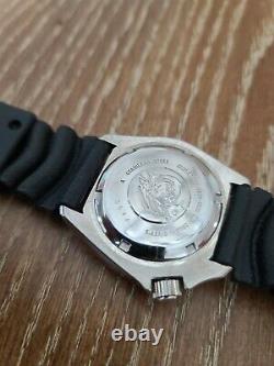 Seiko Prospex Men's Black Watch SKX013 NOT WORKING