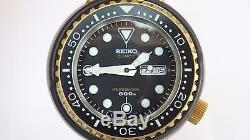Seiko golden tuna 7549-7000 Kanji 1977 Bond 007