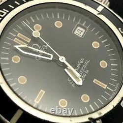 (for parts) 1990's Vintage OMEGA SEAMASTER 200M Pre-Bond Mens Watch QUARTZ #17